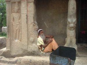 372412_a_sadhu_sage_in_mahabalipura